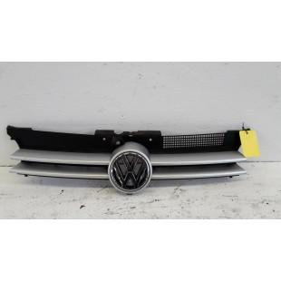 1j0853655g купить оригинальную решетку радиатора на Гольф 4