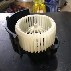 Вентилятор отопителя салона VW Touareg